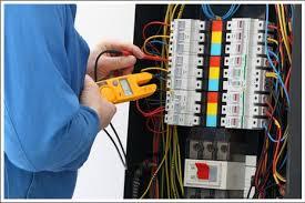 صورة كهربائي منازل / 60677088 / كهربائي